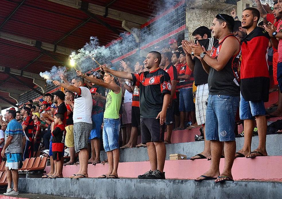 Público do Campinense nos estádios tem diminuído a cada temporada — Foto: Samy Oliveira / Campinense