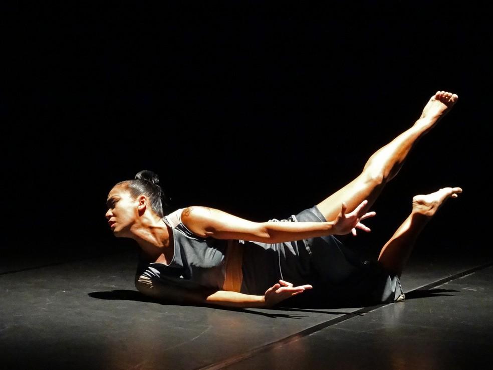 Grupo fará apresentações de dança de forma virtual durante todo o mês de maio — Foto: Gil Grossi/Divulgação