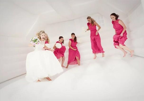Castelo inflável é tendência para casamentos (Foto: Reprodução)