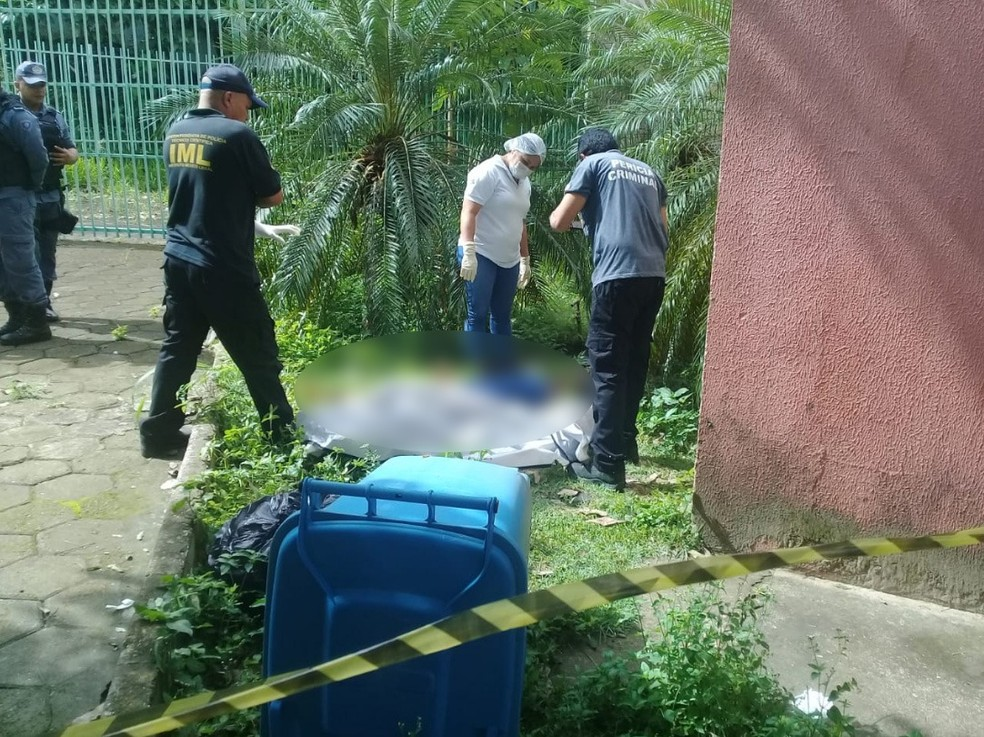 Corpo da professora Rosiane Costa foi encontrado na UFMA em São Luís — Foto: Domingos Ribeiro/Mirante AM