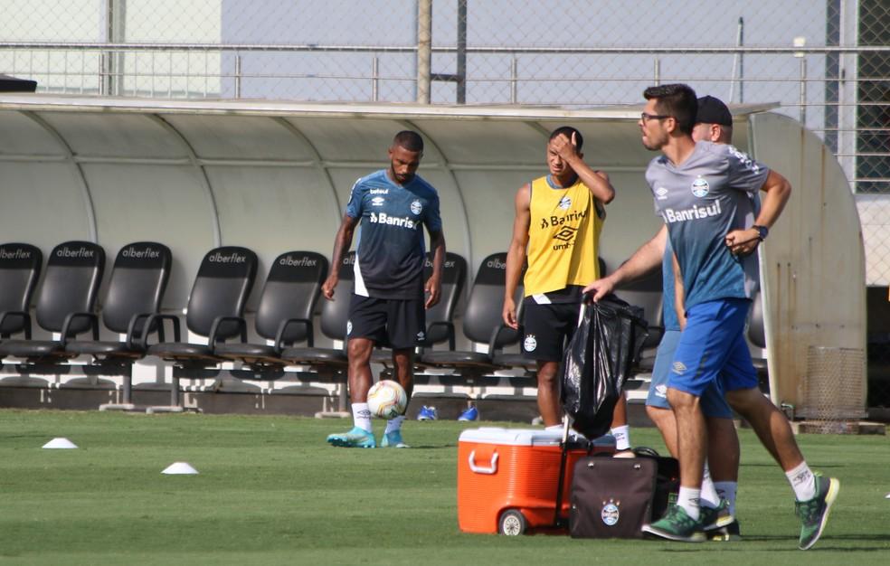 Paulo Miranda em treino do Grêmio — Foto: Eduardo Moura