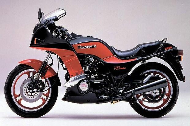 A Yamaha patenteou o primeiro motor turbo com sobrealimentação, mas a Kawasaki aprimorou e colocou em prática antes (Foto: Divulgação)