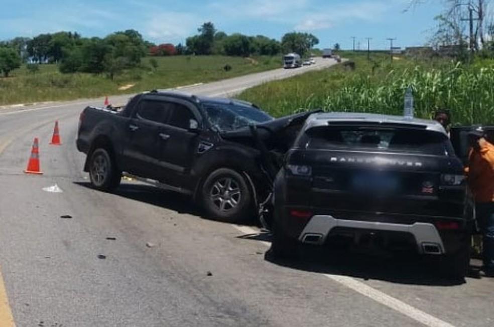 Vítimas foram levadas para Hospital Regional de Eunápolis.  — Foto: Radar 64