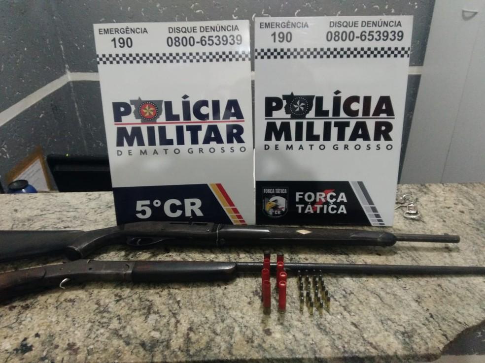 Armas de fogo foram apreendidas — Foto: PM-MT/ Divulgação