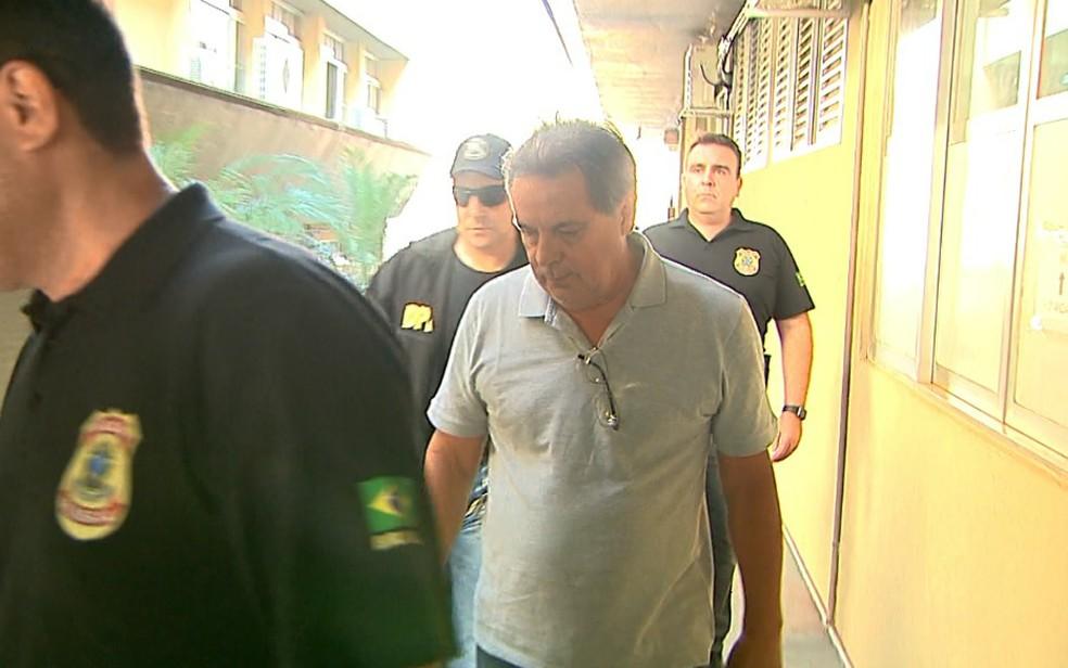 Luiz Eduardo de Oliveira e Silva, irmão de José Dirceu, é preso em Ribeirão Preto (Foto: Paulo Souza/EPTV)