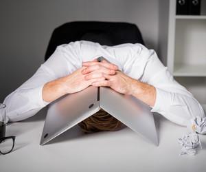 Os 5 erros mais comuns nos primeiros 90 dias de um novo emprego, segundo o LinkedIn