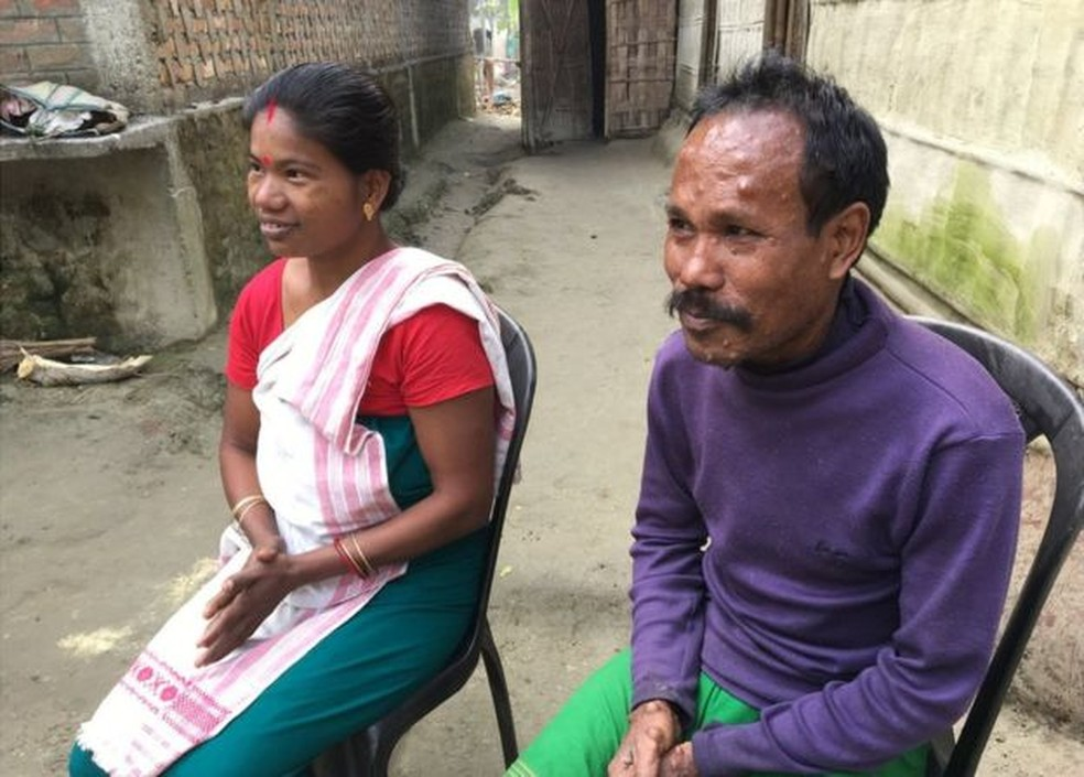 Família Boro diz que destrocar as crianças agora seria muito doloroso  (Foto: BBC)