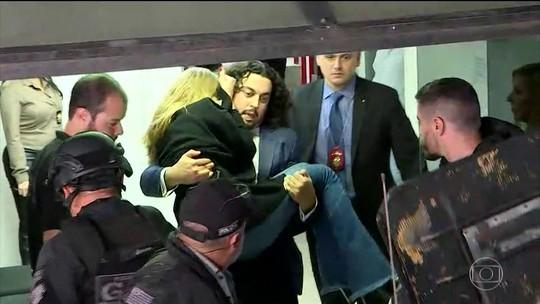 Najila diz à polícia que íntegra de vídeo com Neymar estava em tablet que foi furtado