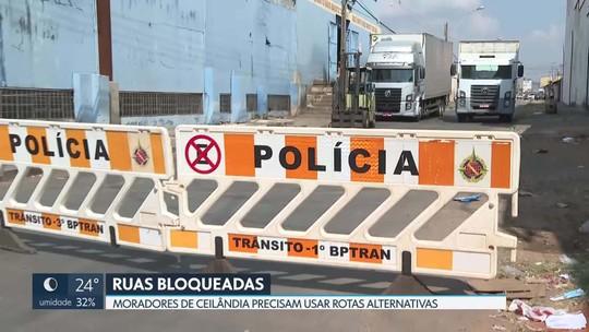 PM bloqueia trânsito em ruas de Ceilândia