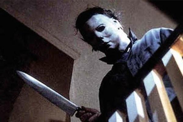 O personagem Michael Myers no primeiro filme da franquia Halloween, em 1978 (Foto: Reprodução)