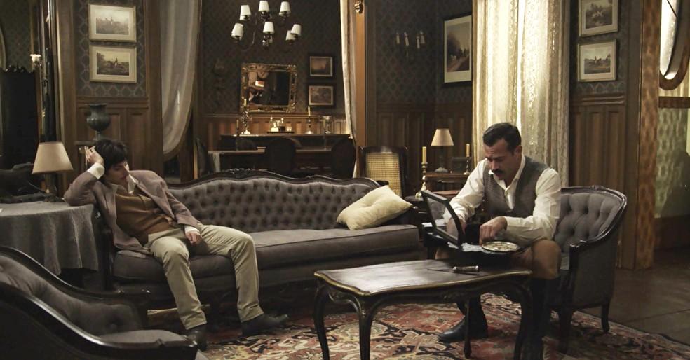 Mário e Brandão conversam sobre a vida (Foto: TV Globo)