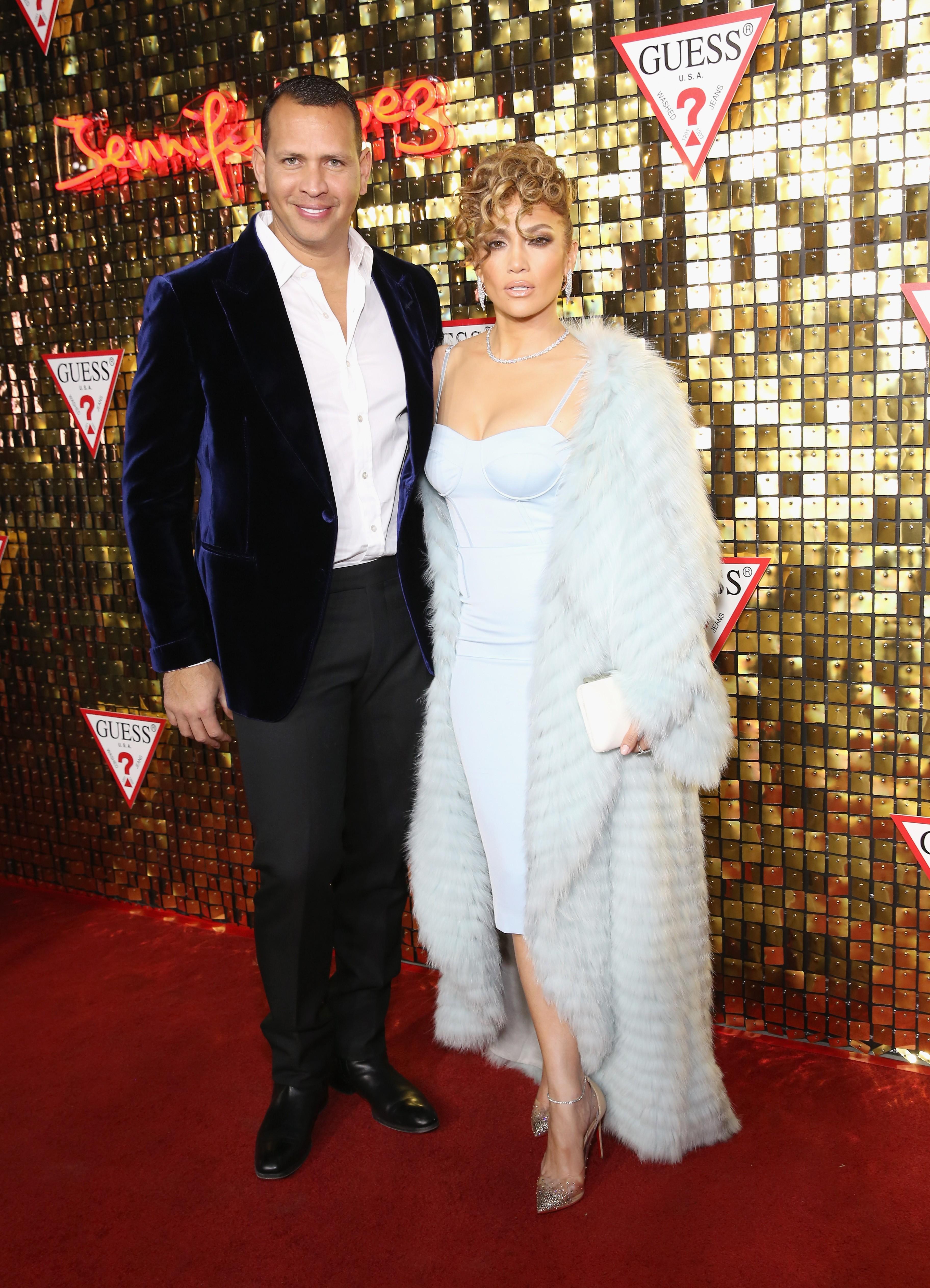 A cantora Jennifer Lopez com o namorado, o ex-jogador de beisebol Alex Rodriguez (Foto: Getty Images)