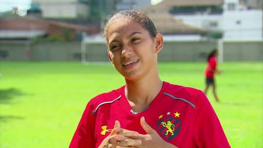 Aos 15 anos, atleta do Sport é a mais nova da história a jogar Brasileirão