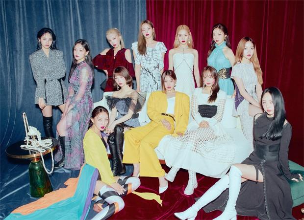 LOONA marca retorno de Haseul em comeback com mini-álbum '[&]' - Quem |  K-Pop