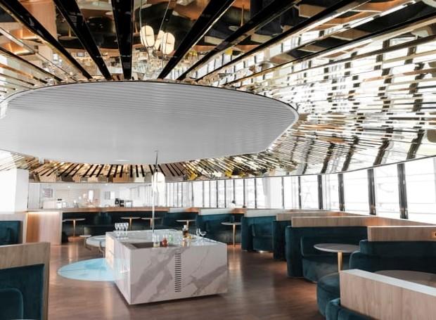 O Le Balcon Bar oferece drinks criados pelo Hotel Lancaster de Paris  (Foto: Air France/ Reprodução)