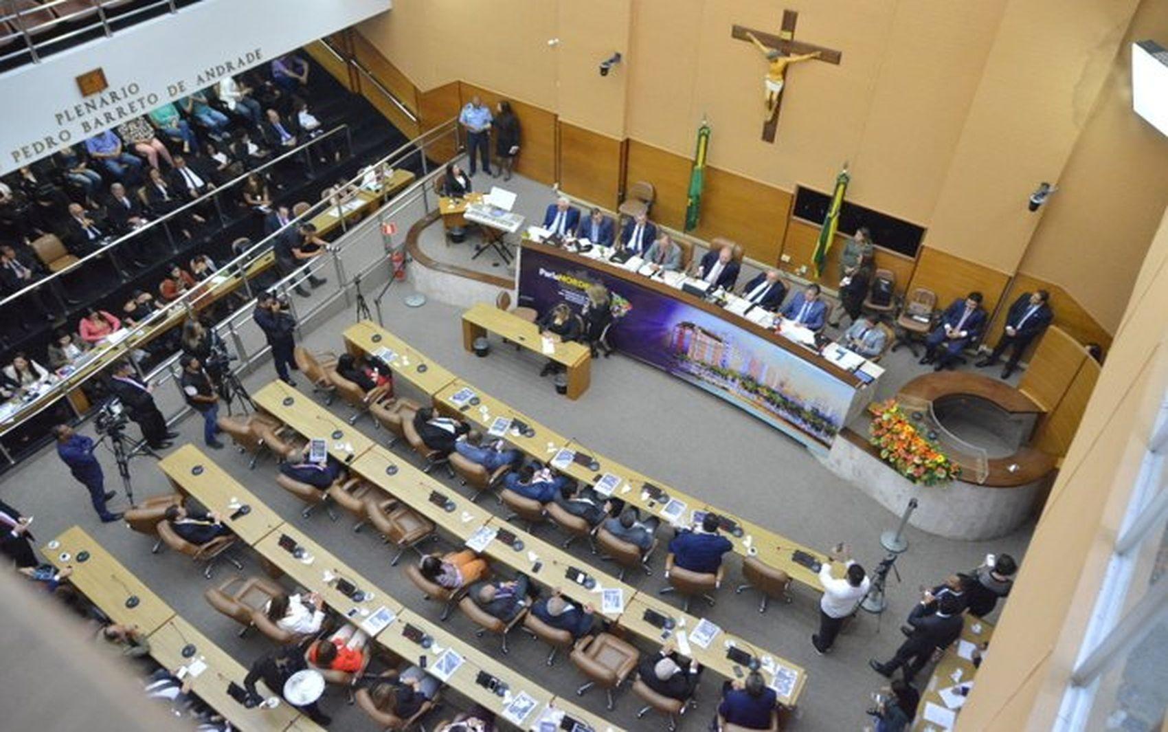 Deputados estaduais aprovam projeto de lei que antecipa feriado de emancipação política de Sergipe