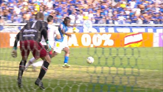 Cruzeiro se despede da torcida, no Mineirão, com vitória sobre Joinville