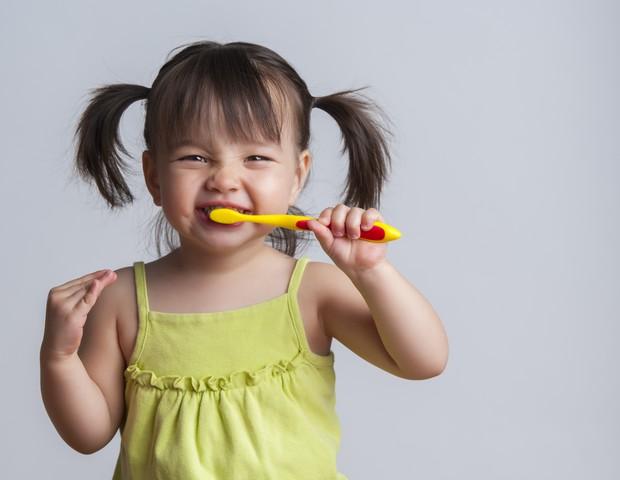 bebê; toddler; escovando; dentes; escovar; higiene (Foto: Thinkstock)