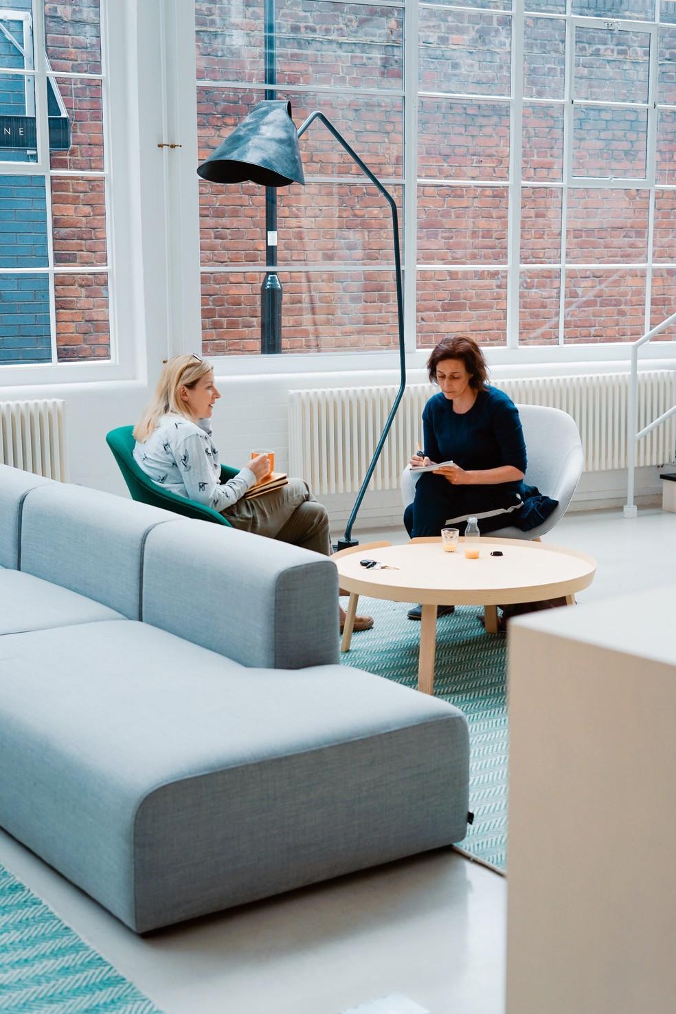 Um escritório mais 'falante' tende a ser mais criativo — Foto: Pixabay