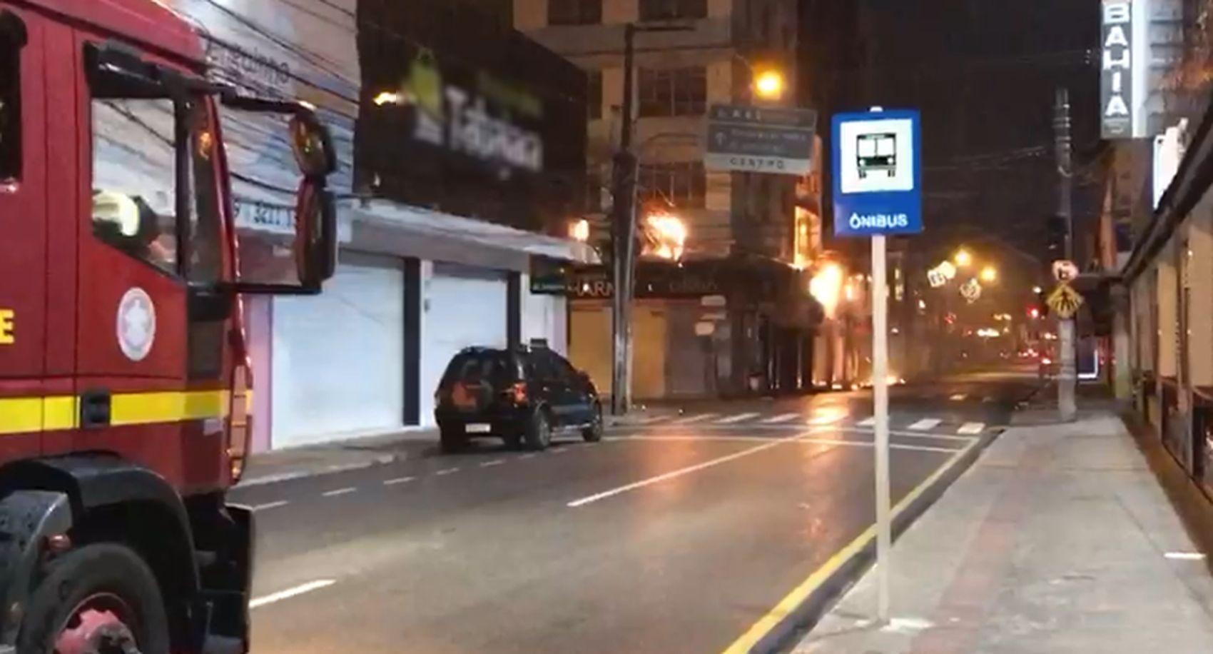 Curto-circuito atinge rede elétrica no Centro de Aracaju