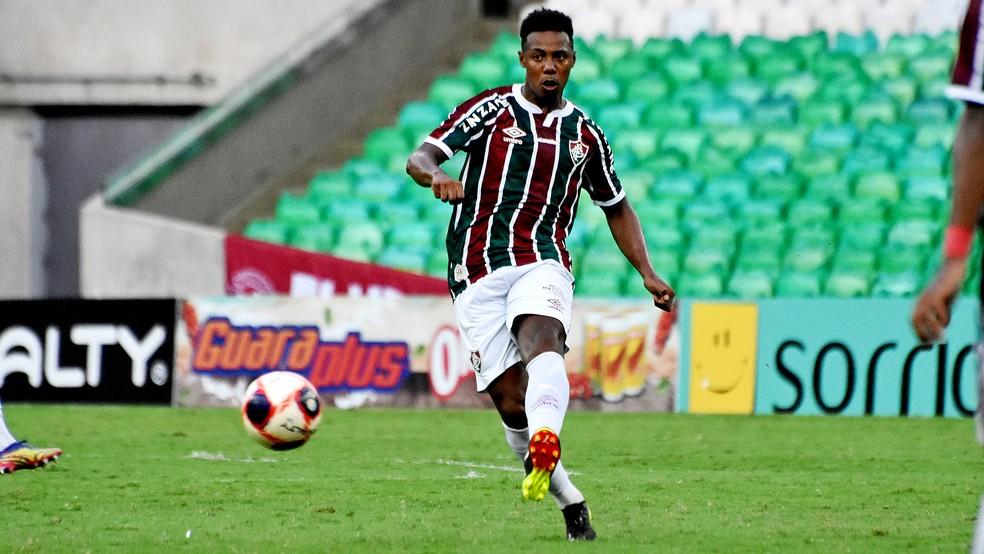 Wellington em ação pelo Fluminense — Foto: MAILSON SANTANA/FLUMINENSE FC