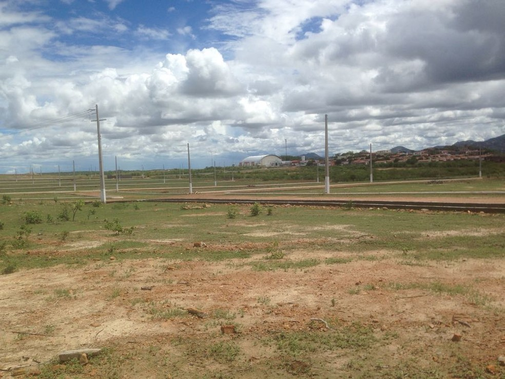 Terreno escolhido pela equipe técnica do IFRN para instalação do campus Jucurutu (Foto: Alan Amaral )