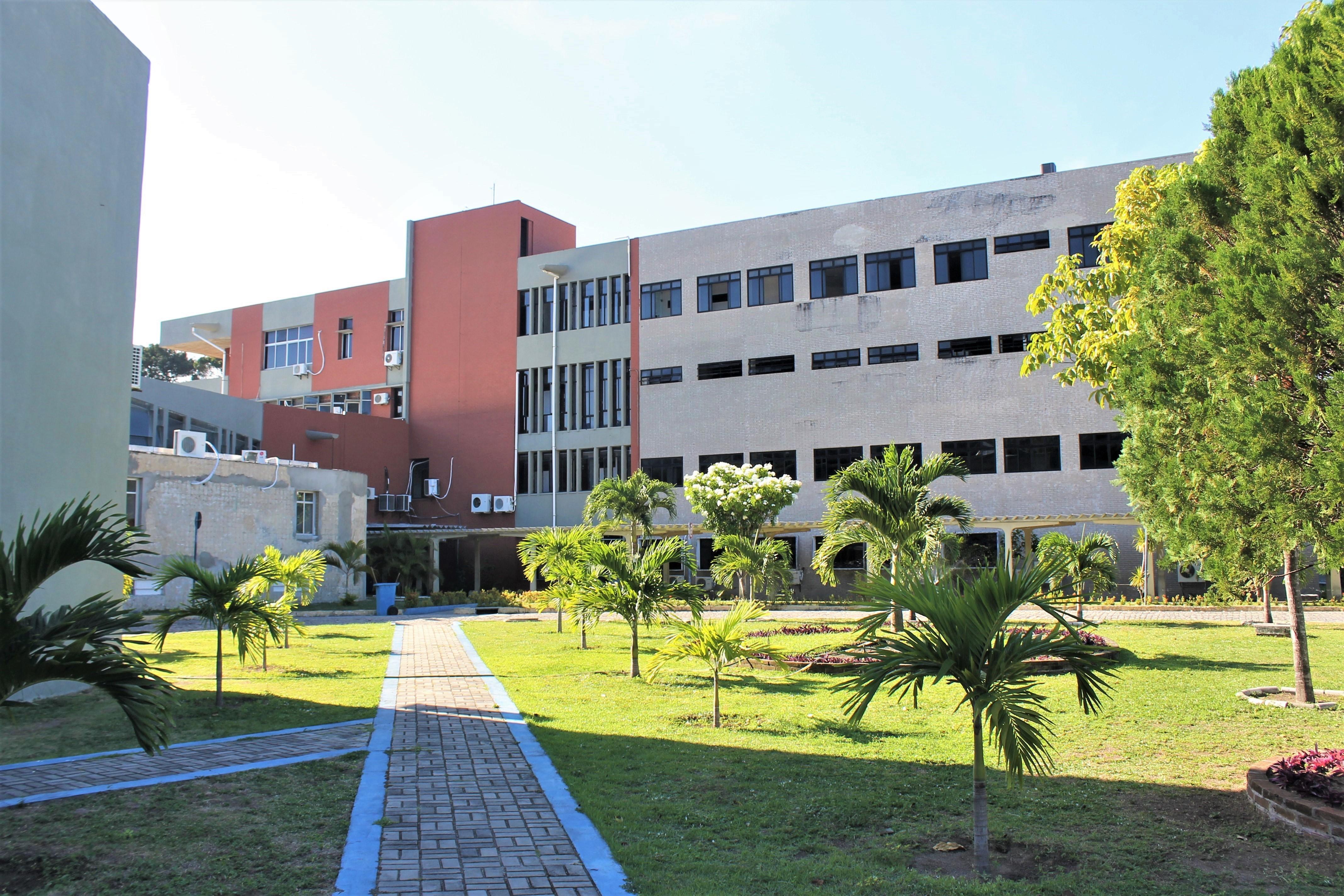 Professores da UFPB pedem volta presencial de atividades somente para servidores vacinados