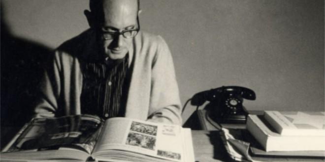 Carlos Drummond de Andrade e seu telefone