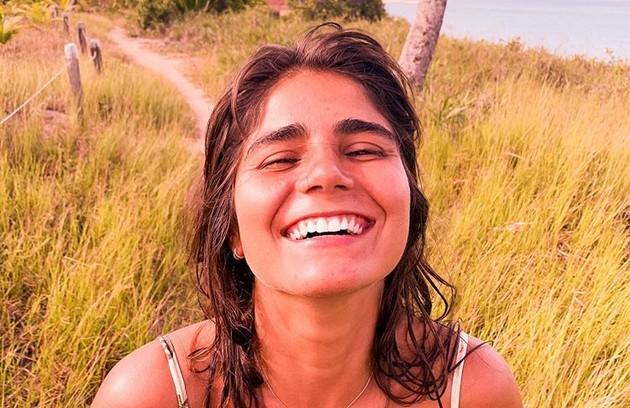 Nas redes sociais, Vitória Duarte publica fotos de viagens ao lado de Stefano e faz várias declarações ao namorado (Foto: Reprodução)