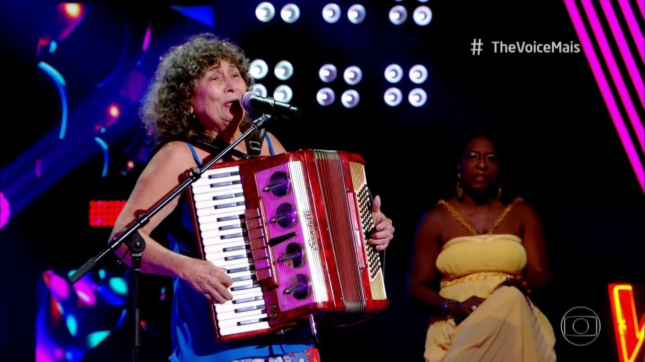 Ceiça Moreno canta 'Bate Coração'