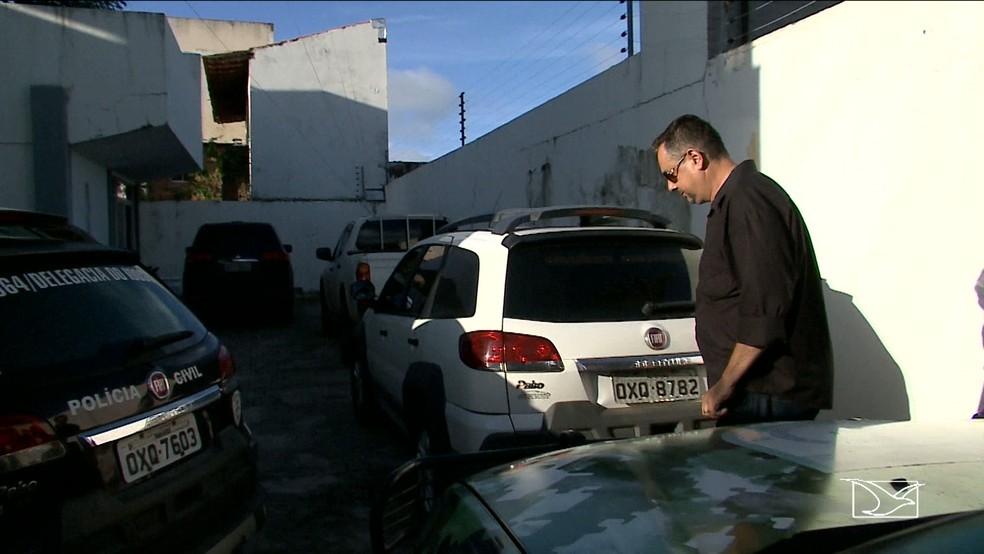 Coronel Francalanci se apresentou à polícia neste sábado (3) (Foto: Reprodução/TV Mirante)