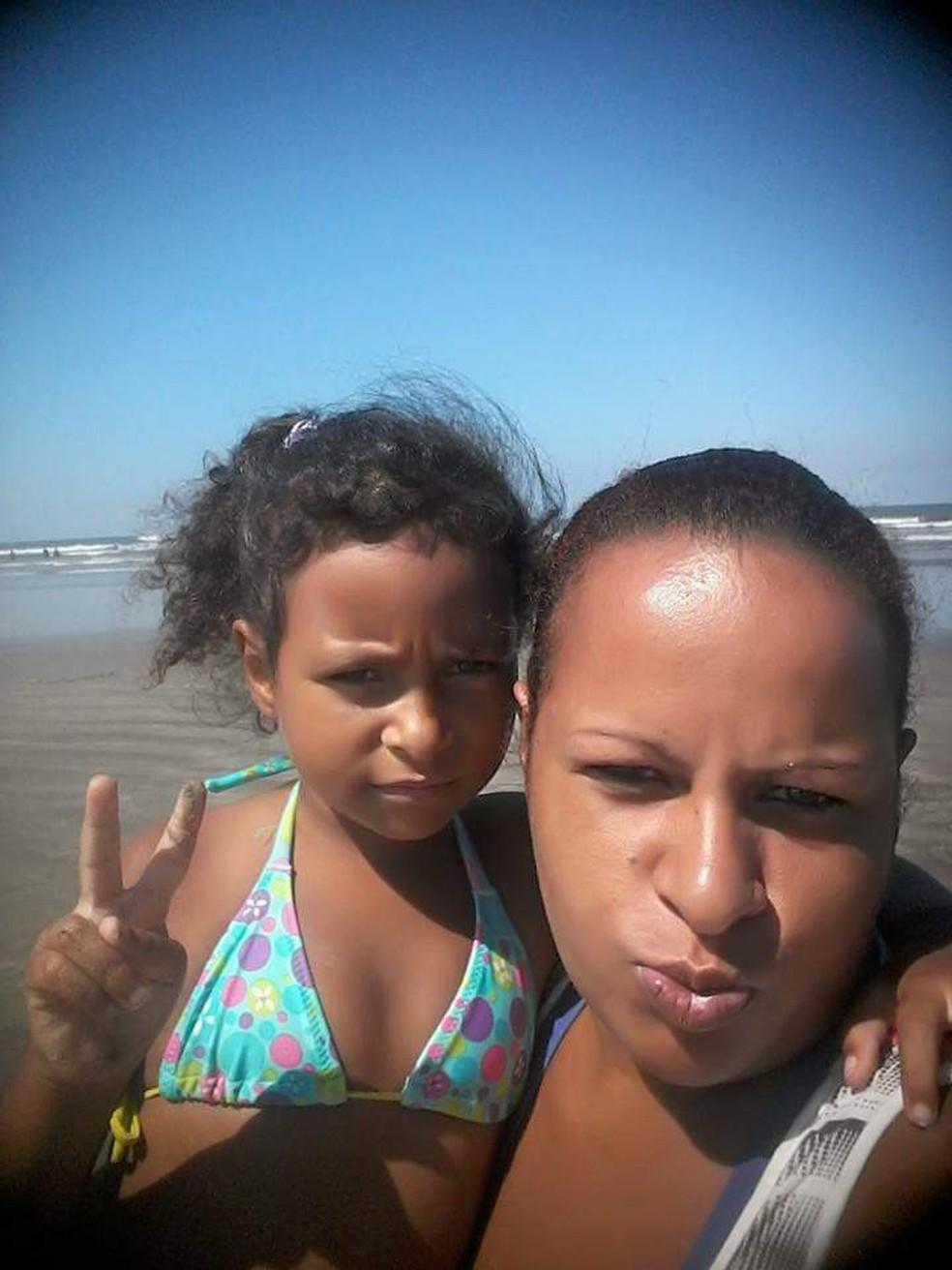Diana Soares, mãe de Kauani Cristhiny, suspeitava que a filha tinha sido sequestrada — Foto: Arquivo Pessoal/Diana Soares