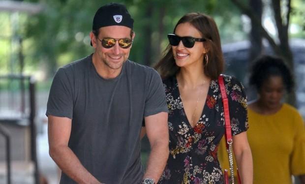 Bradley Cooper e Irina Shayk (Foto: Backgrid)