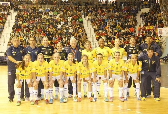 Brasil campeão mundial futsal feminino 2013 (Foto: Divulgação/FFCM)