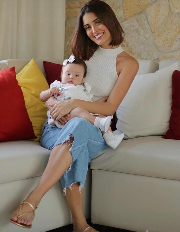 Letícia Almeida e a filha, Maria Madalena (Foto: Instagram/Reprodução)