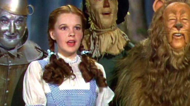 As subversivas mensagens ocultas no clássico filme 'O Mágico de Oz'  - Notícias - Plantão Diário