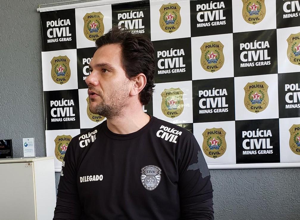 Delegado Cleyson Brene deu detalhes sobre operação em Poços de Caldas  — Foto: Acássio Paese/Polícia Civil