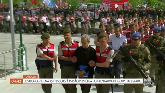 Justiça da Turquia condena 151 pessoas à prisão perpétua por tentativa de golpe de estado