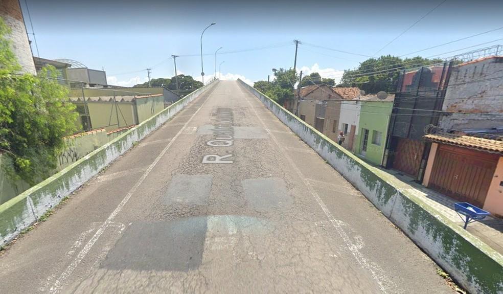 Viaduto da rua Quatro de Março vai ter mão dupla e vai receber o tráfego do sentido shopping — Foto: Reprodução/Google Maps