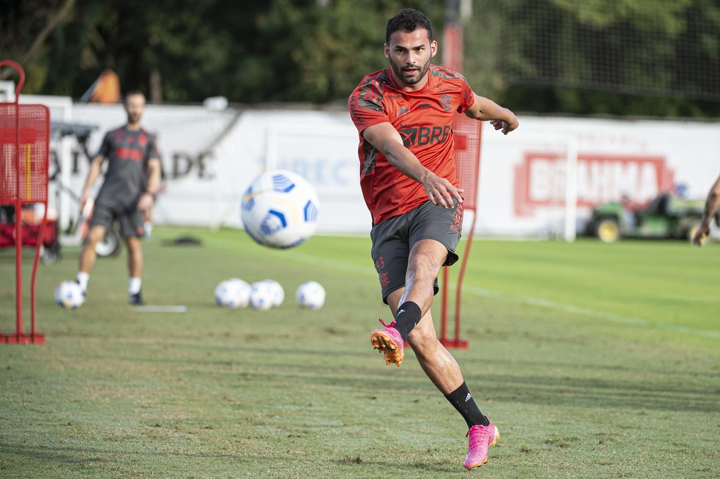 Thiago Maia supera última etapa e prepara volta ao Flamengo