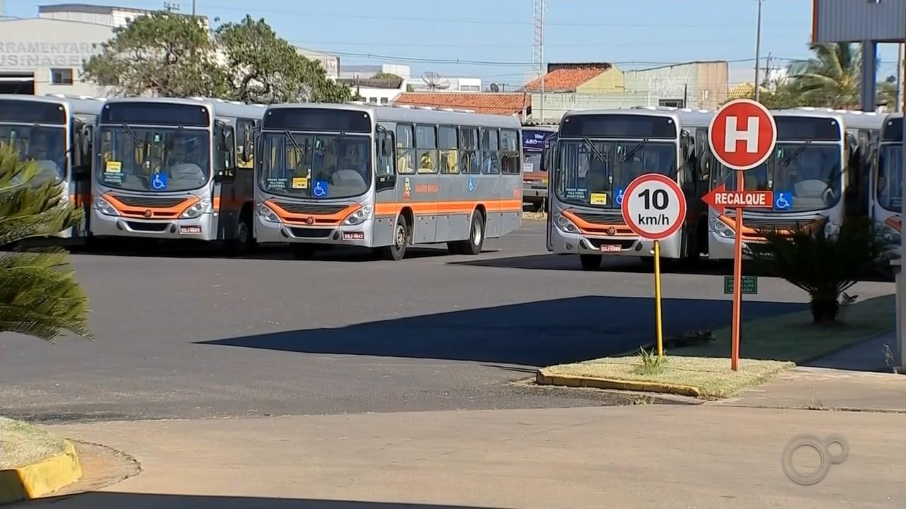 Após paralisação de 4h, motoristas de ônibus entram em greve em Marília