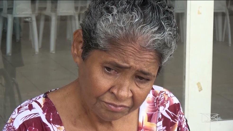 Dona Hilda participou de protesto pedindo a abertura de Centro de Hemodiálise em Pinheiro. — Foto: Reprodução/ TV Mirante