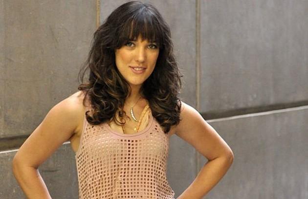 A Adriana Birolli coube o papel de Patrícia. Filha de Tereza Cristina, a estudante tinha uma personalidade bem diferente da de sua mãe e namorava Antenor (Foto: TV Globo)