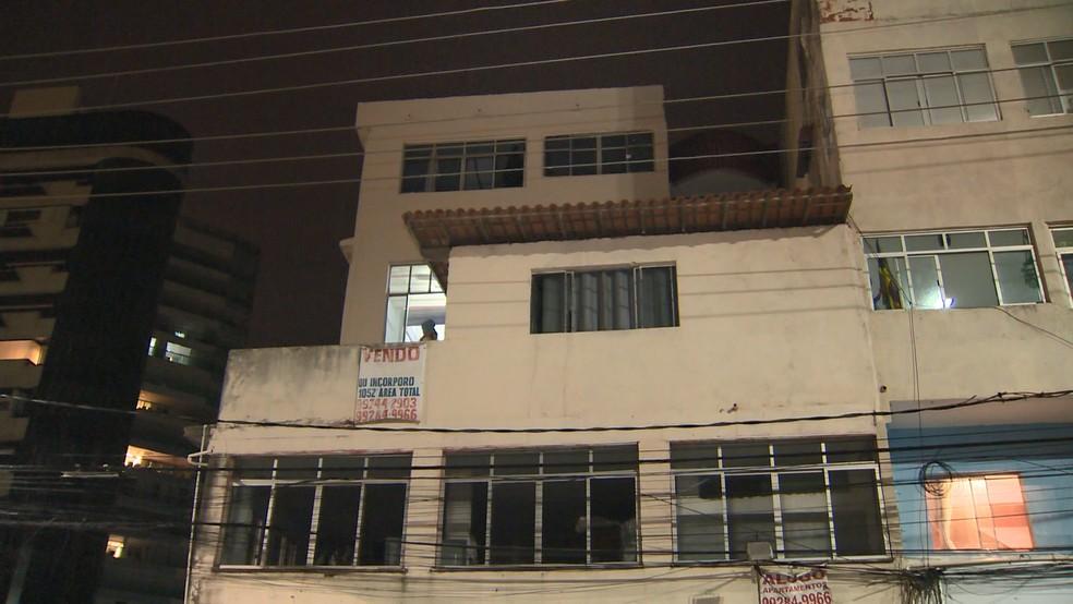 Comerciante é agredida após pedir para inquilino mudar de apartamento — Foto:  Manoel Neto/ TV Gazeta