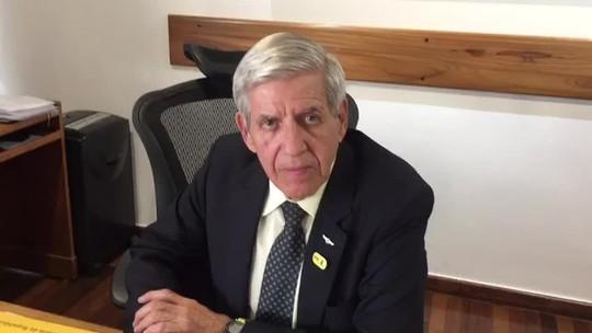 Bolsonaro mandou 'virar página' e não alimentar discussão com Olavo de Carvalho, diz ministro