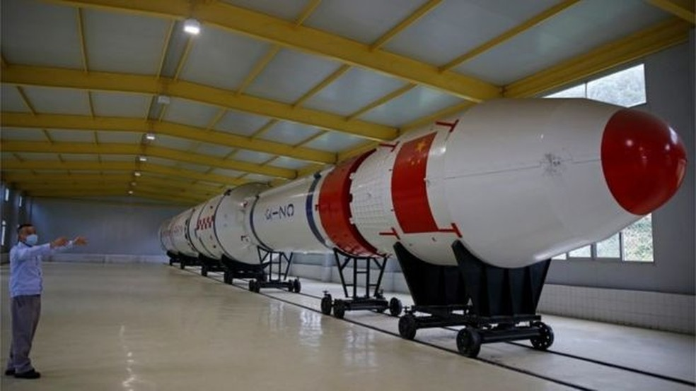 Programa de satélites da China teve mais de US$ 10 bilhões de investimento — Foto: Reuters/BBC