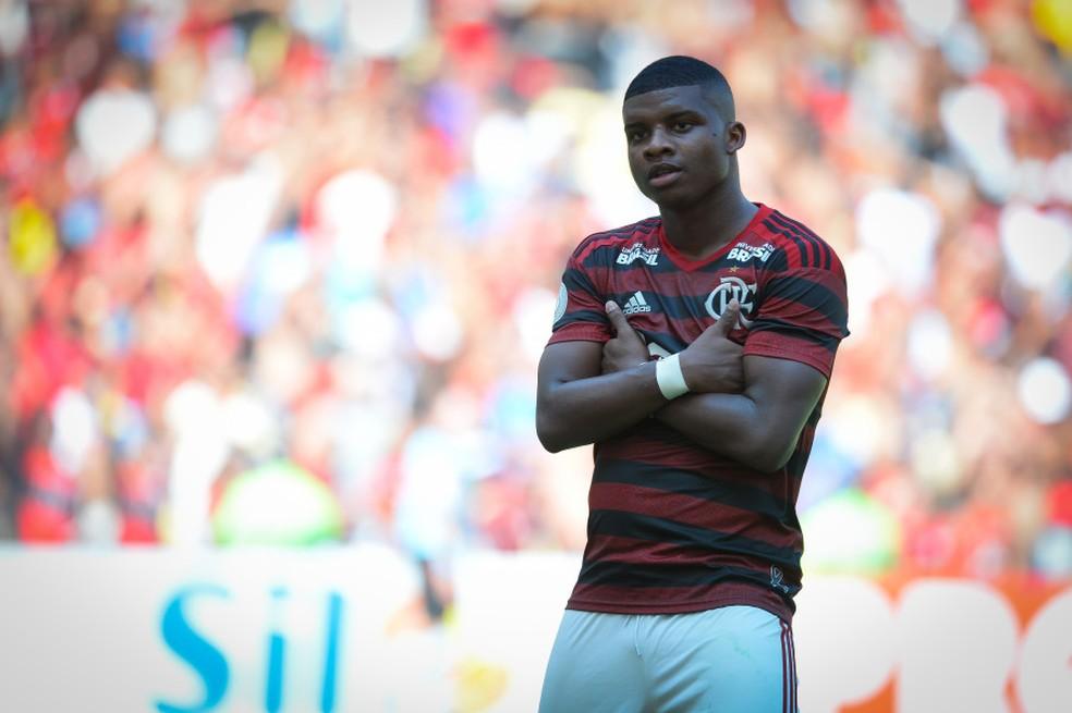 Lincoln marcou o segundo gol do Flamengo sobre a Chapecoense — Foto: Alexandre Vidal/ Flamengo/ Divulgação