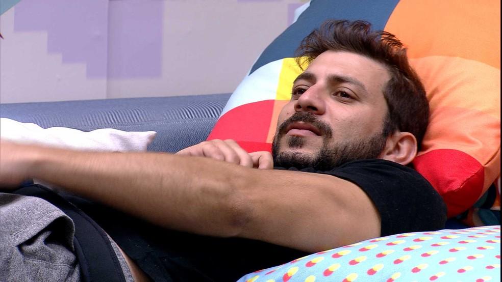 Caio comenta sobre postura de sister em relação à indicação ao Paredão no BBB21: 'Thaís já sentiu' — Foto: Globo