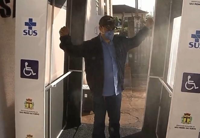 São Pedro do Turvo instala cabine de ozônio para ajudar na prevenção ao coronavírus