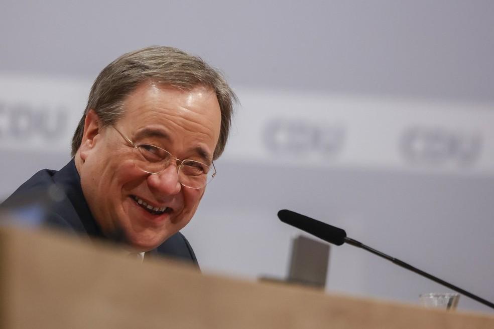 Armin Laschet é eleito presidente do partido CDU, na Alemanhã — Foto: ODD ANDERSEN / AFP / POOL